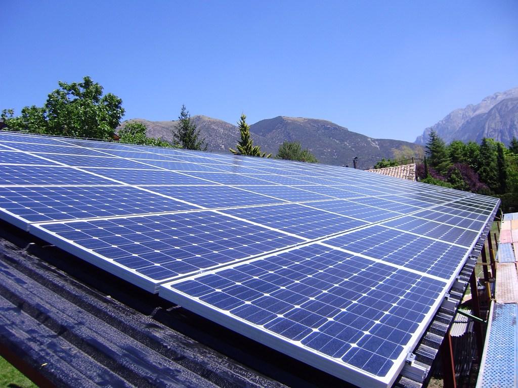 Investigan un supuesto fraude en la concesión de una instalación de energía solar en Valencia