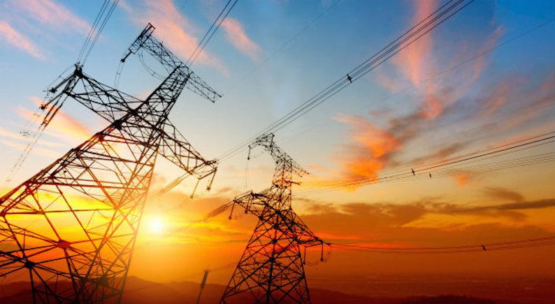 Las eléctricas se rebelan contra el Gobierno.