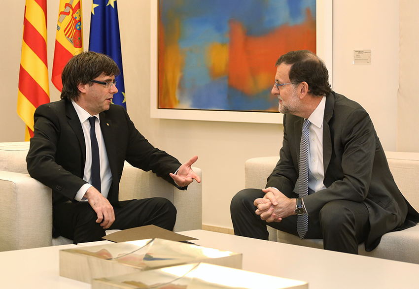 http://diario16.com/wp-content/uploads/2017/10/Carles_Puigdemont_i_Mariano_Rajoy_20-4-2016.jpg