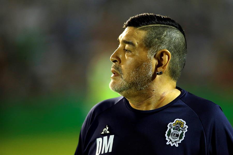 Maradona, el juguete roto del fútbol